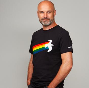 t-shirt nera rainbow warrior